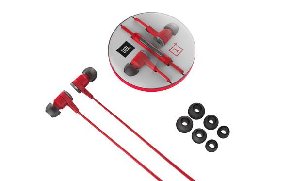 JBL-earphones