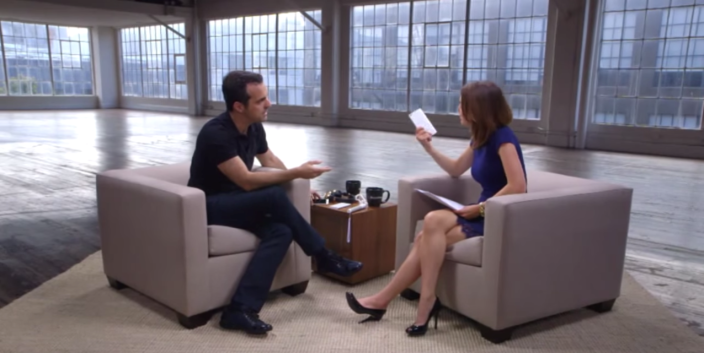 Xiaomi's Hugo Barra Responds to Apple Copycat 'Melodrama' - YouTube 2015-07-16 14-05-37