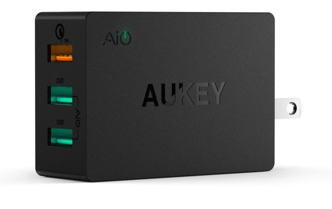 Aukey-QuickCharge 2