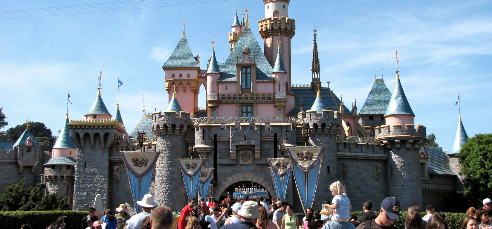 SleepingBeautyCastle.JPG (3607×2312) 2015-08-04 10-33-31