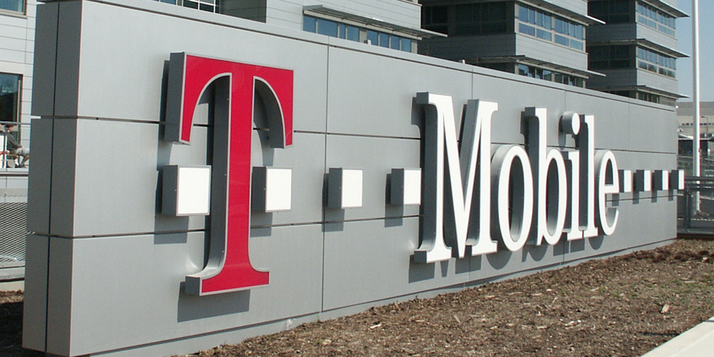t-mobile-signage
