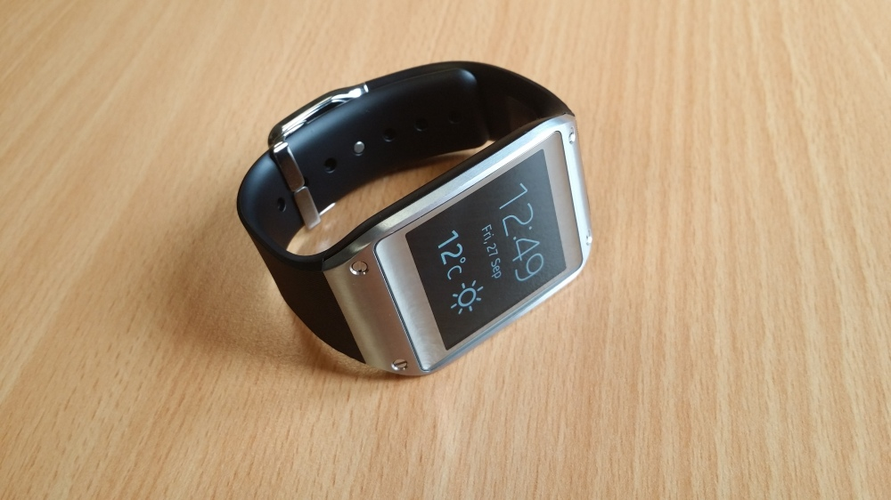galaxy-gear-samsung-smartwatch-review-front