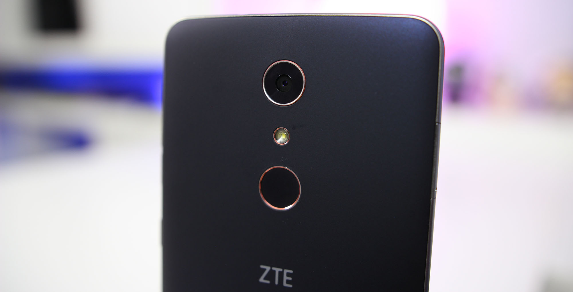 Review: ZTE ZMax Pro is an amazing phone for $99, but with