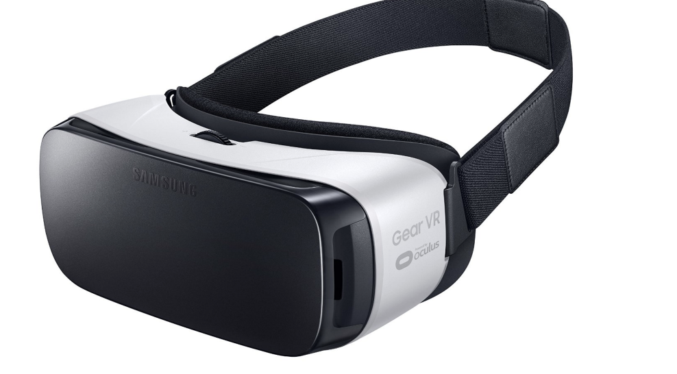 amazon-com-samsung-gear-vr-virtual-reality-headset-us-version-with-warranty-cell-phones-accessories-2016-10-14-14-38-39