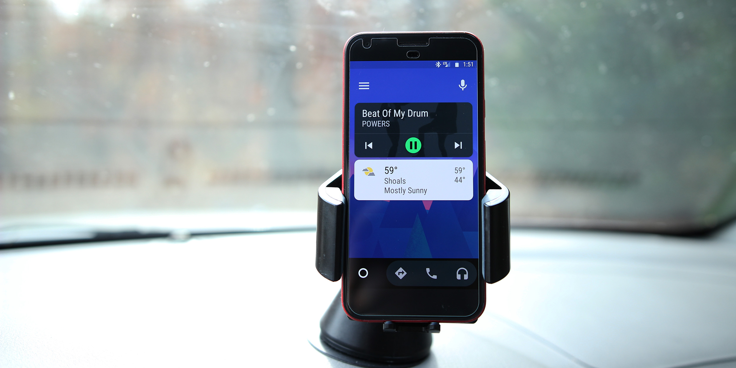 minimize app button being tested in android auto allows for quick app switching