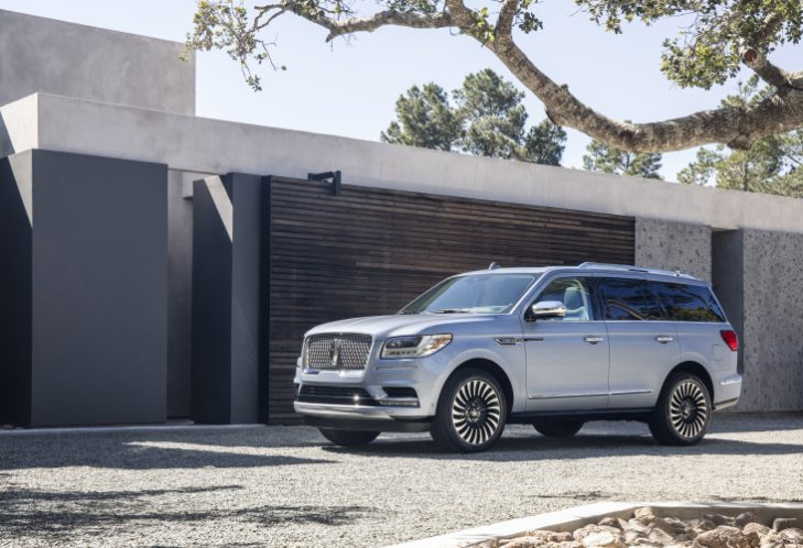 Android Auto comes standard in new 2018 Lincoln Navigator