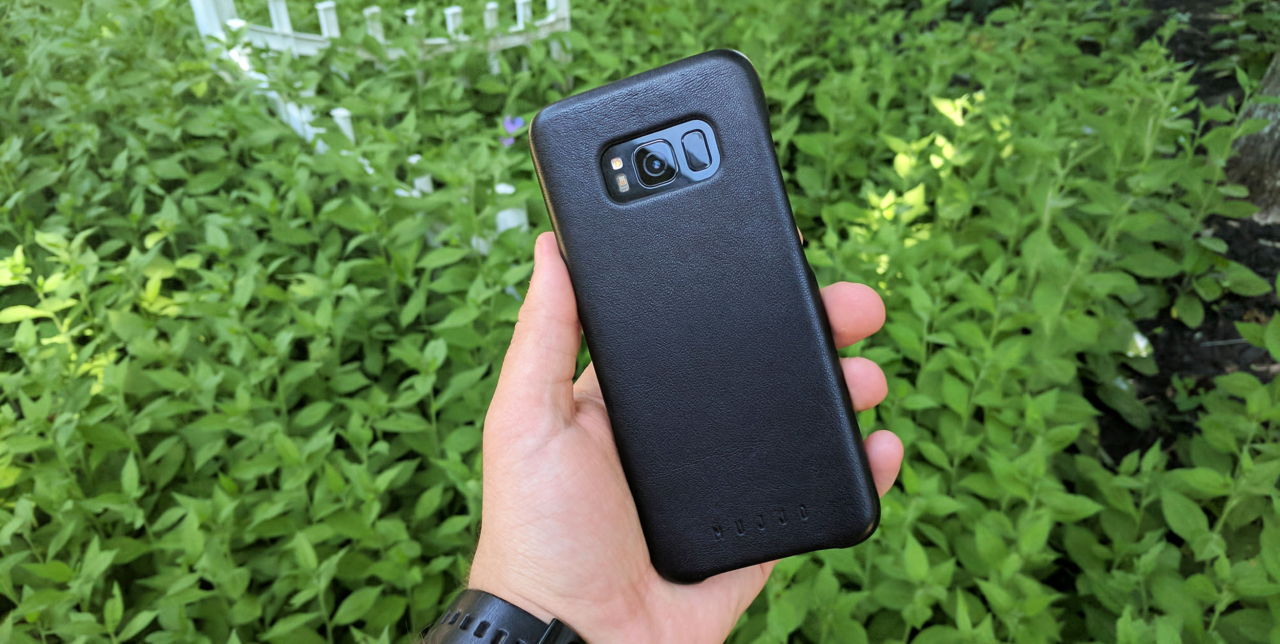 finest selection 7709c f56cd Review: Mujjo's full-grain leather cases for the Galaxy S8 are some ...