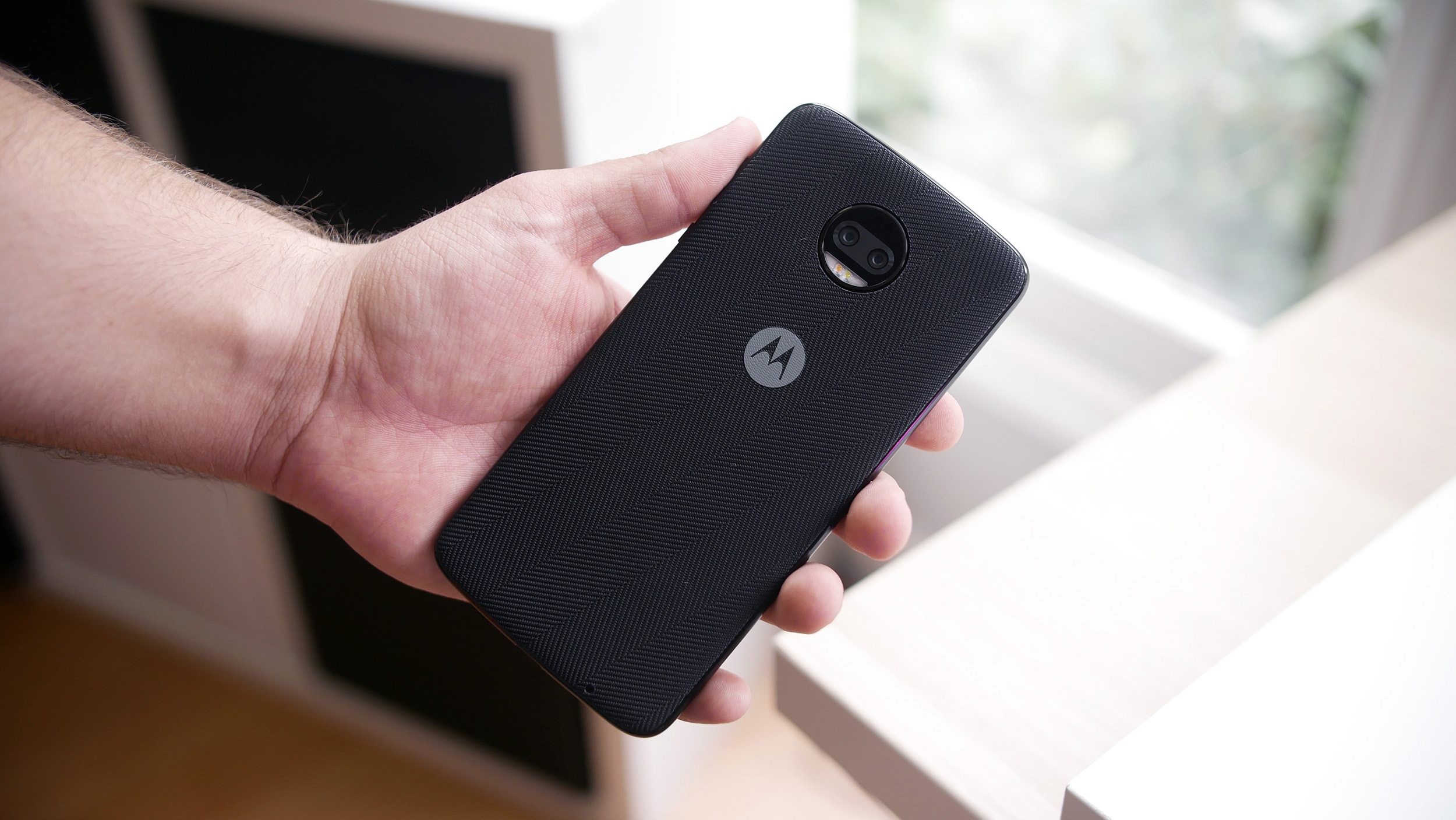 Moto Z2 Force: The first 5 things you need to do to get started