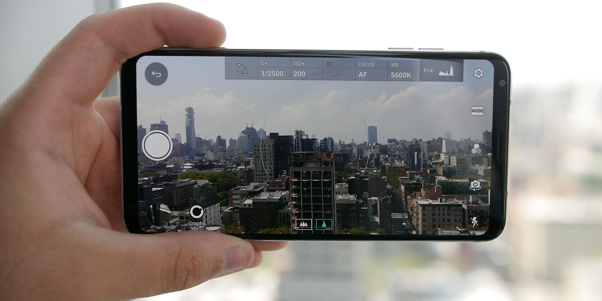 LG V30 goes official with revamped cameras, improved audio, and 6