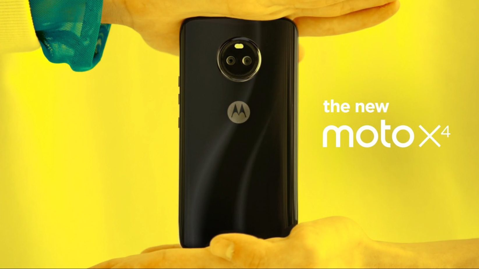 Motorola just leaked the Moto X4 hours before the official reveal
