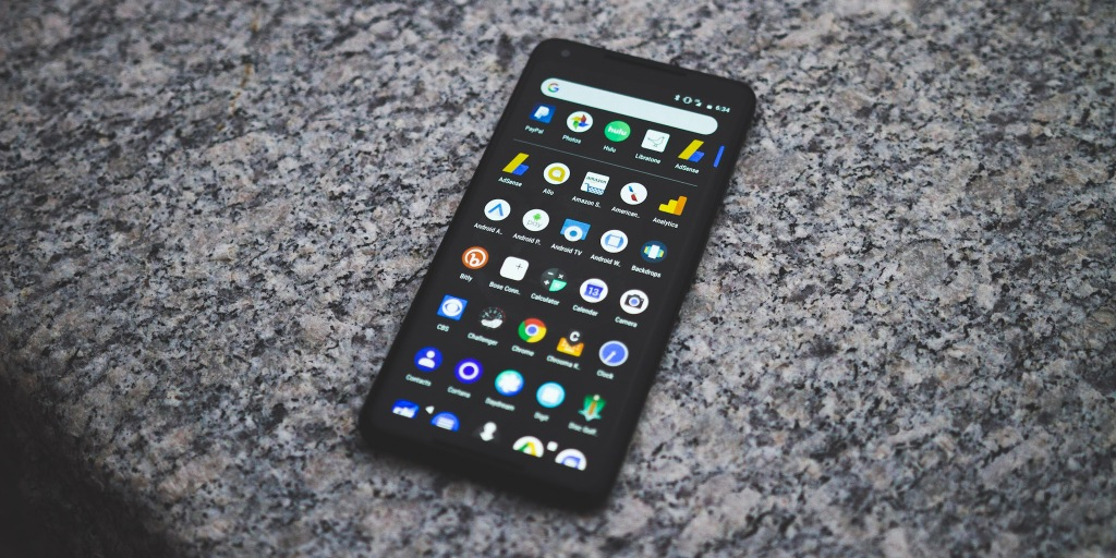 Opinion: After a couple weeks, the Pixel 2 XL's bad display