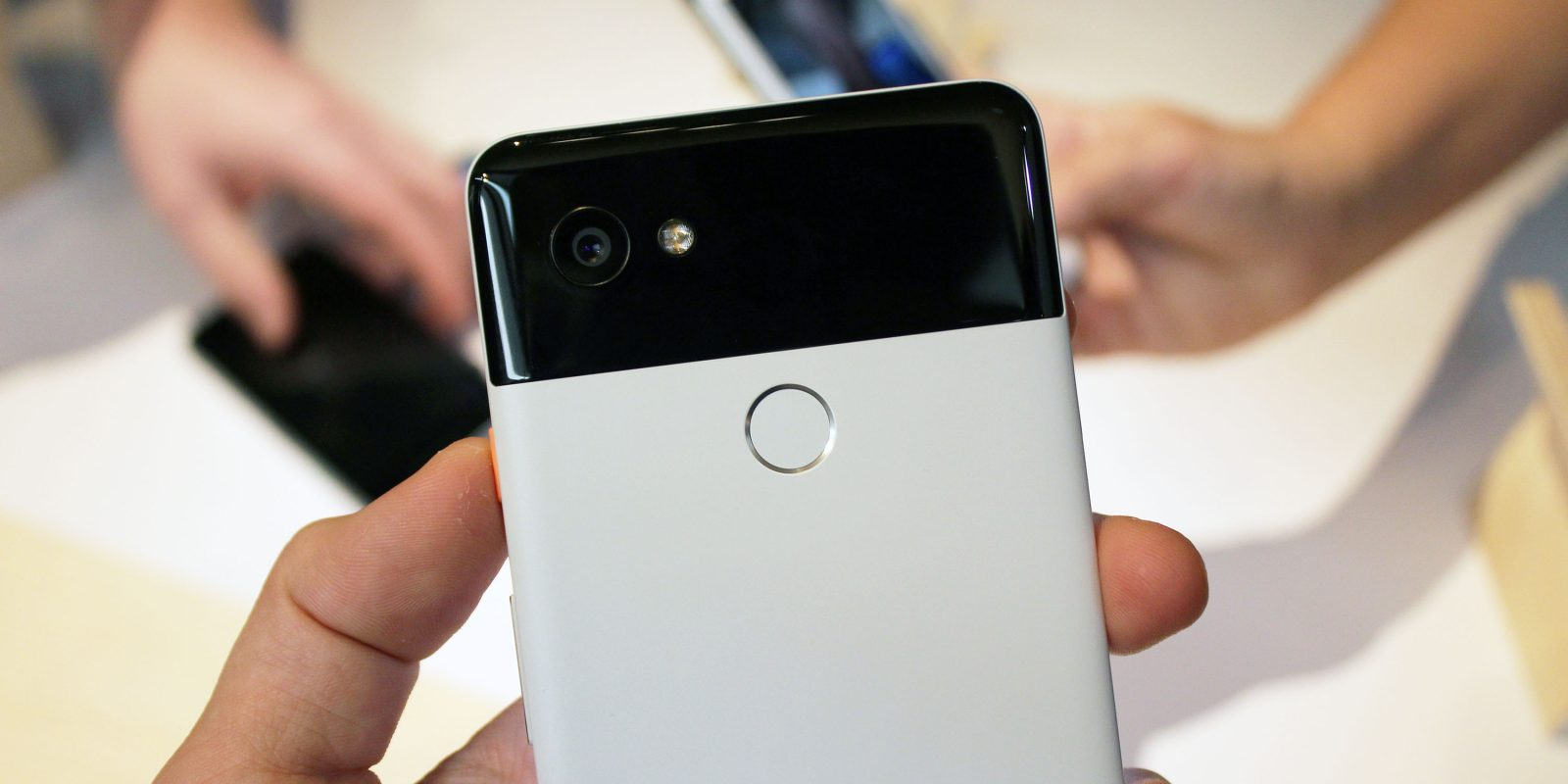 PSA: The Black & White 'Panda' Google Pixel 2 XL is back in stock… for now