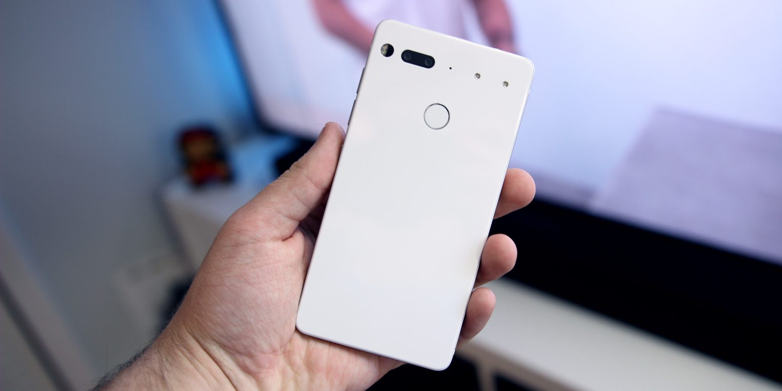 LineageOS now officially supports the Essential Phone