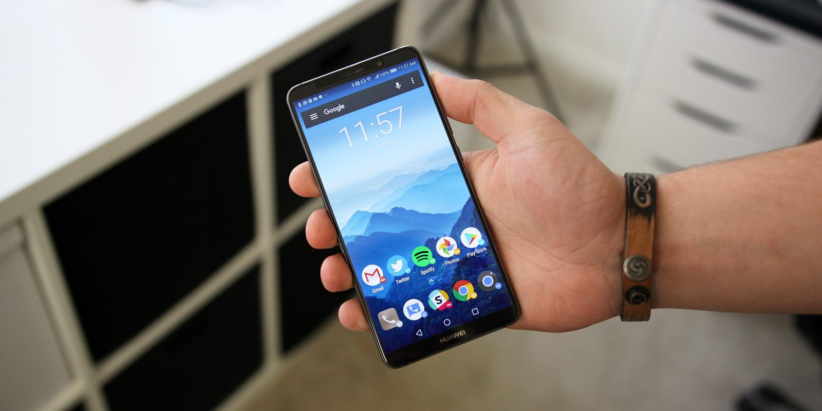 Day before CES announcement, AT&T cancels deal to sell Huawei Mate