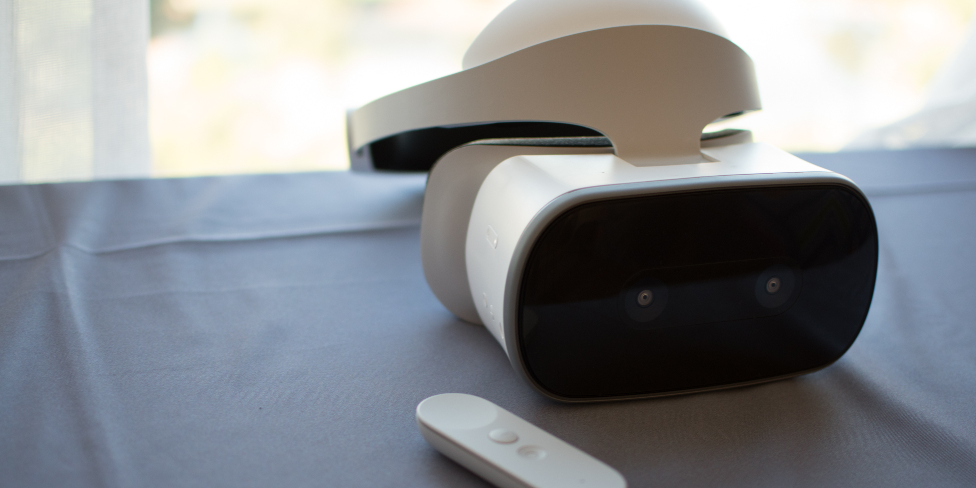 multiple controller support is coming to daydream according to latest google vr sdk
