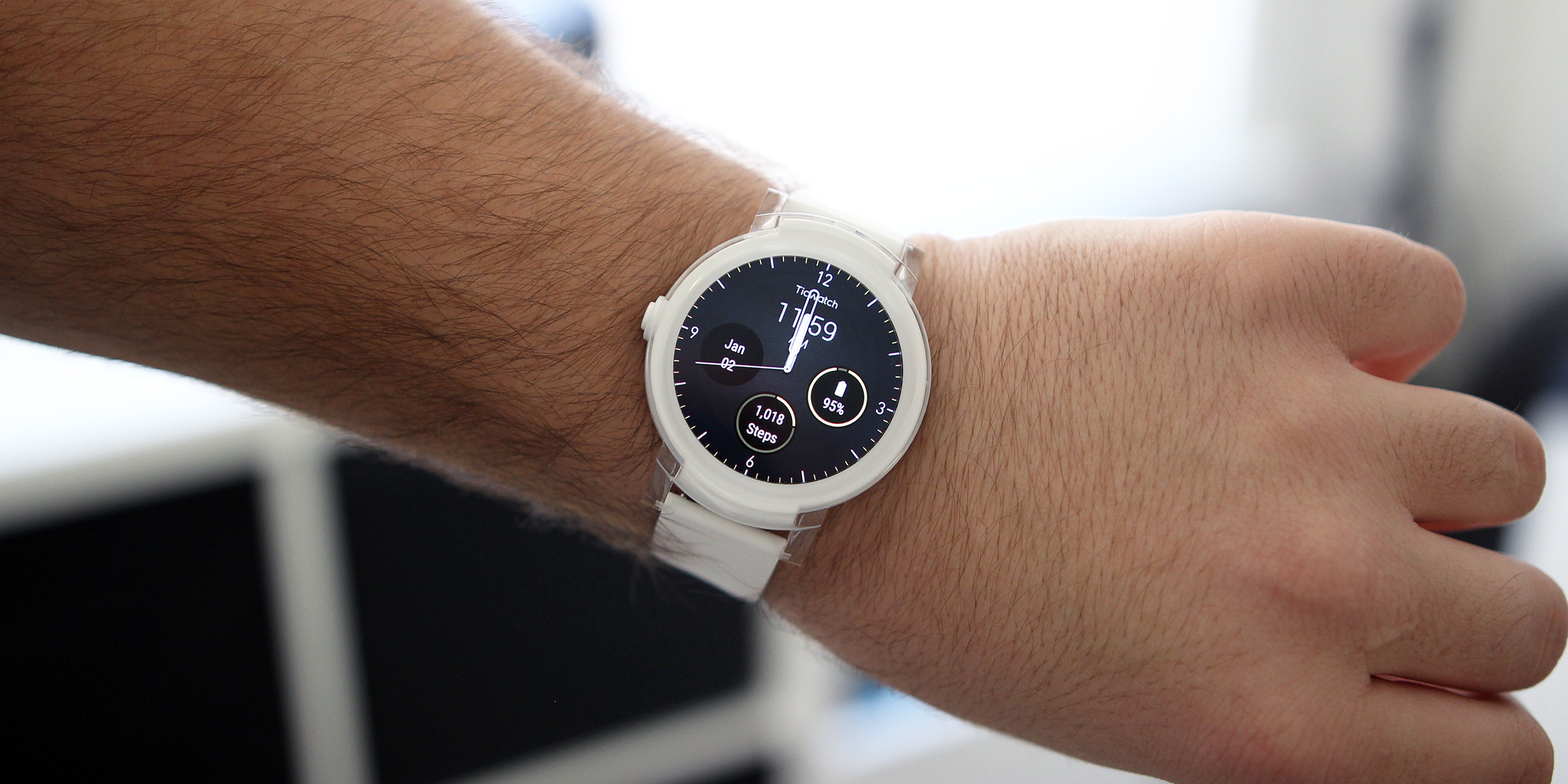 Review Mobvoi S Ticwatch E Is The Best Bang For Your Buck Android Wear Smartwatch 9to5google