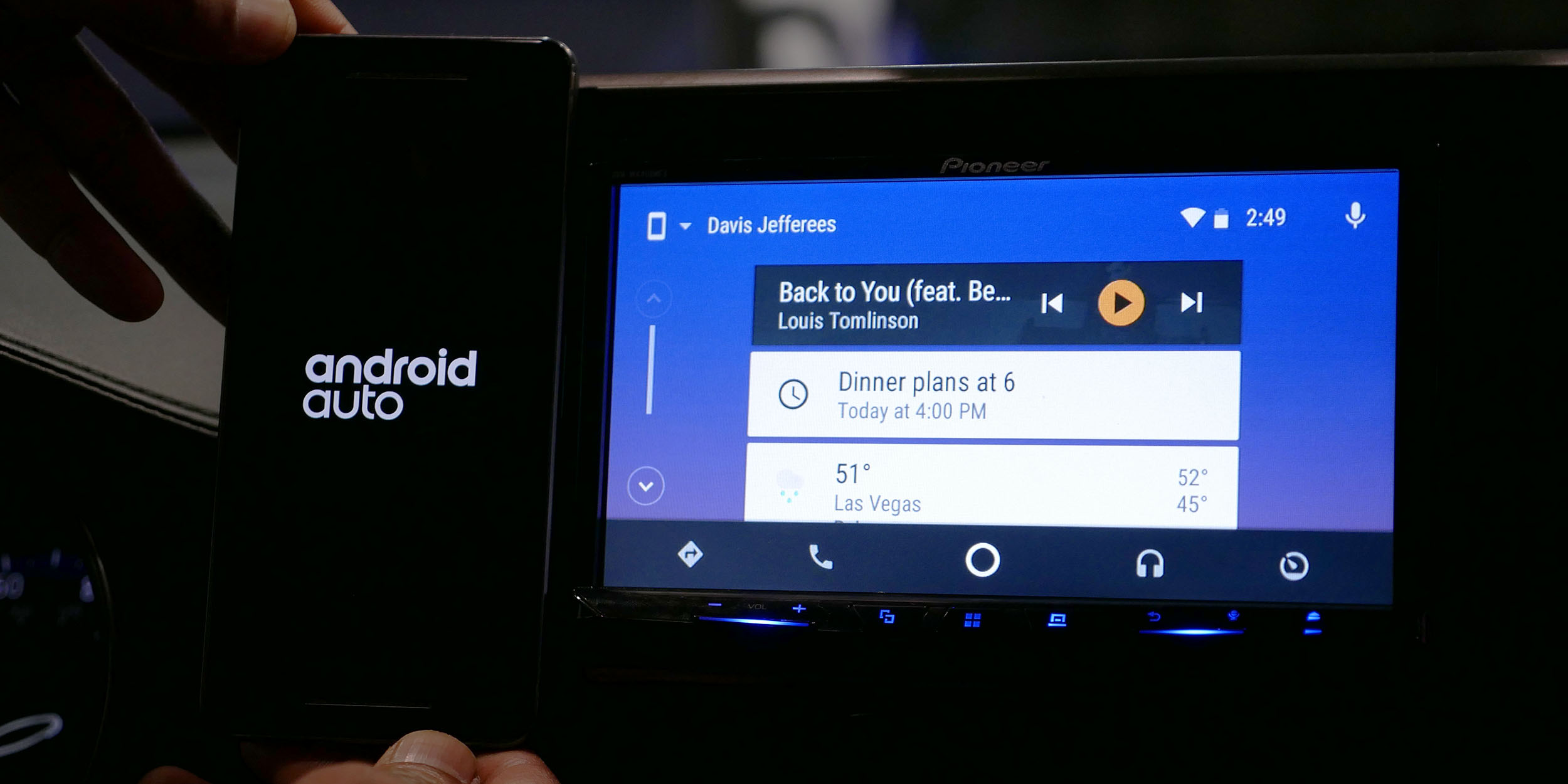 You can now view your entire contact list on Android Auto