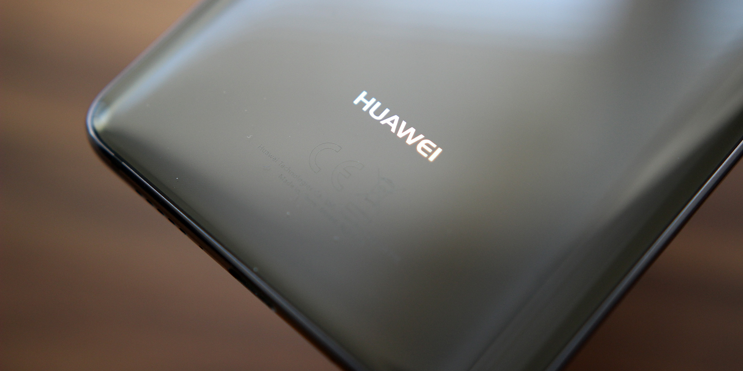 huawei mate 20 could arrive w android p wireless charging in display fingerprint reader