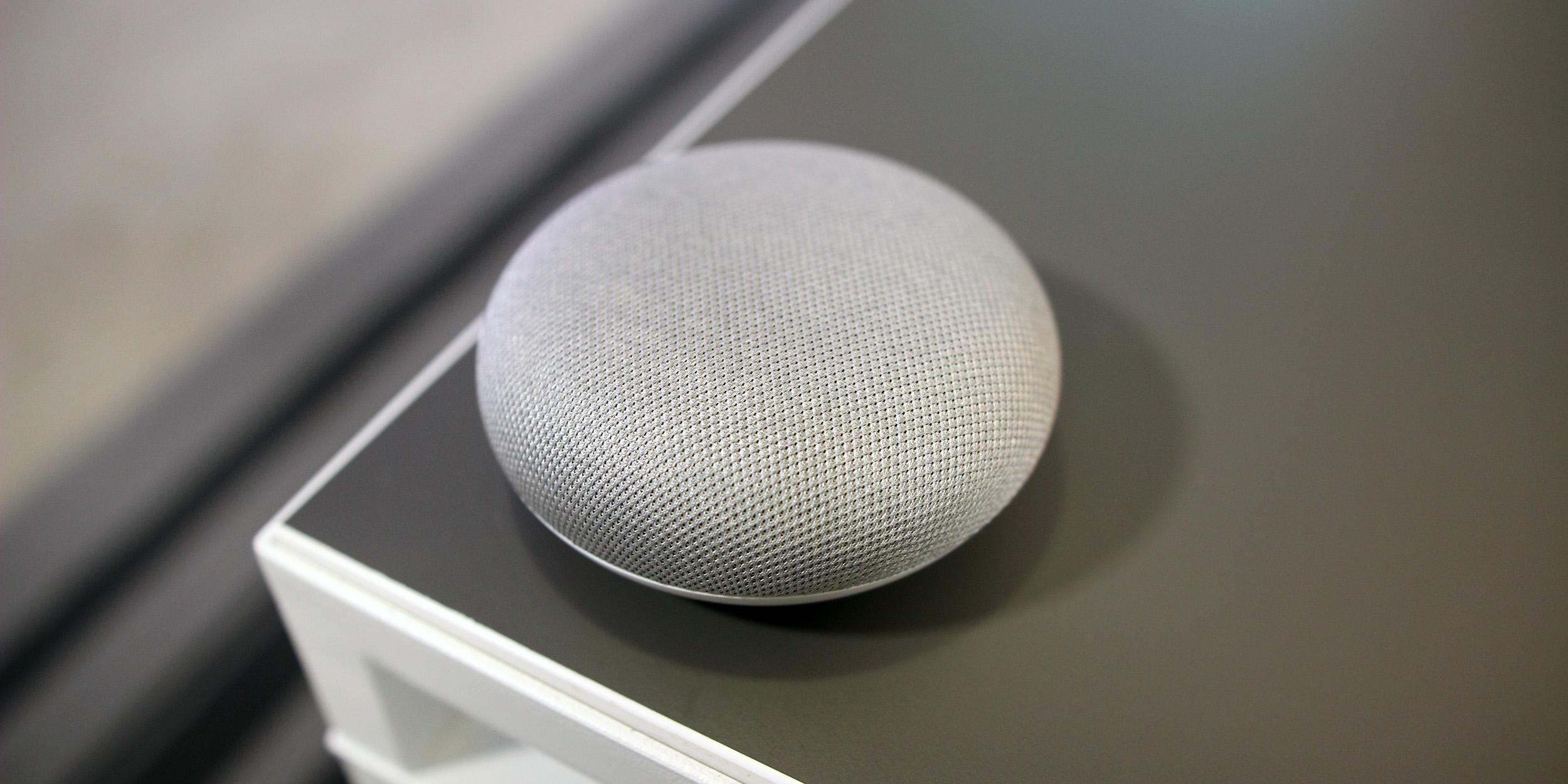 9to5Toys Last Call: Chromecast Ultra $55, Philips Hue White