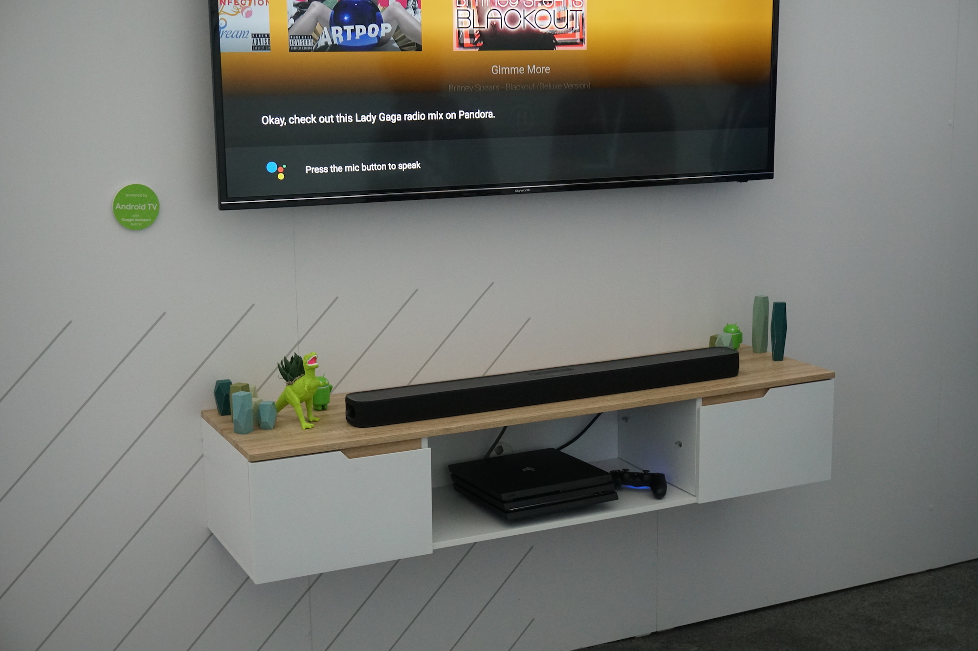 hands on jbl link bar is cool but its killer feature is google s