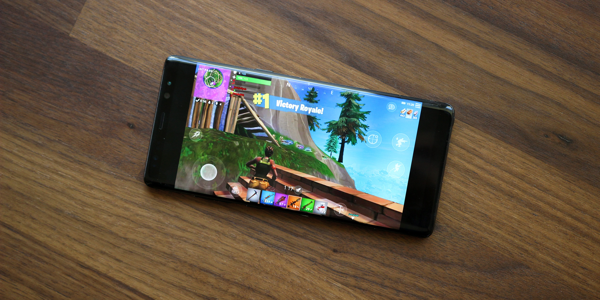 Source Fortnite For Android Will Be Exclusive To Galaxy Note 9 For