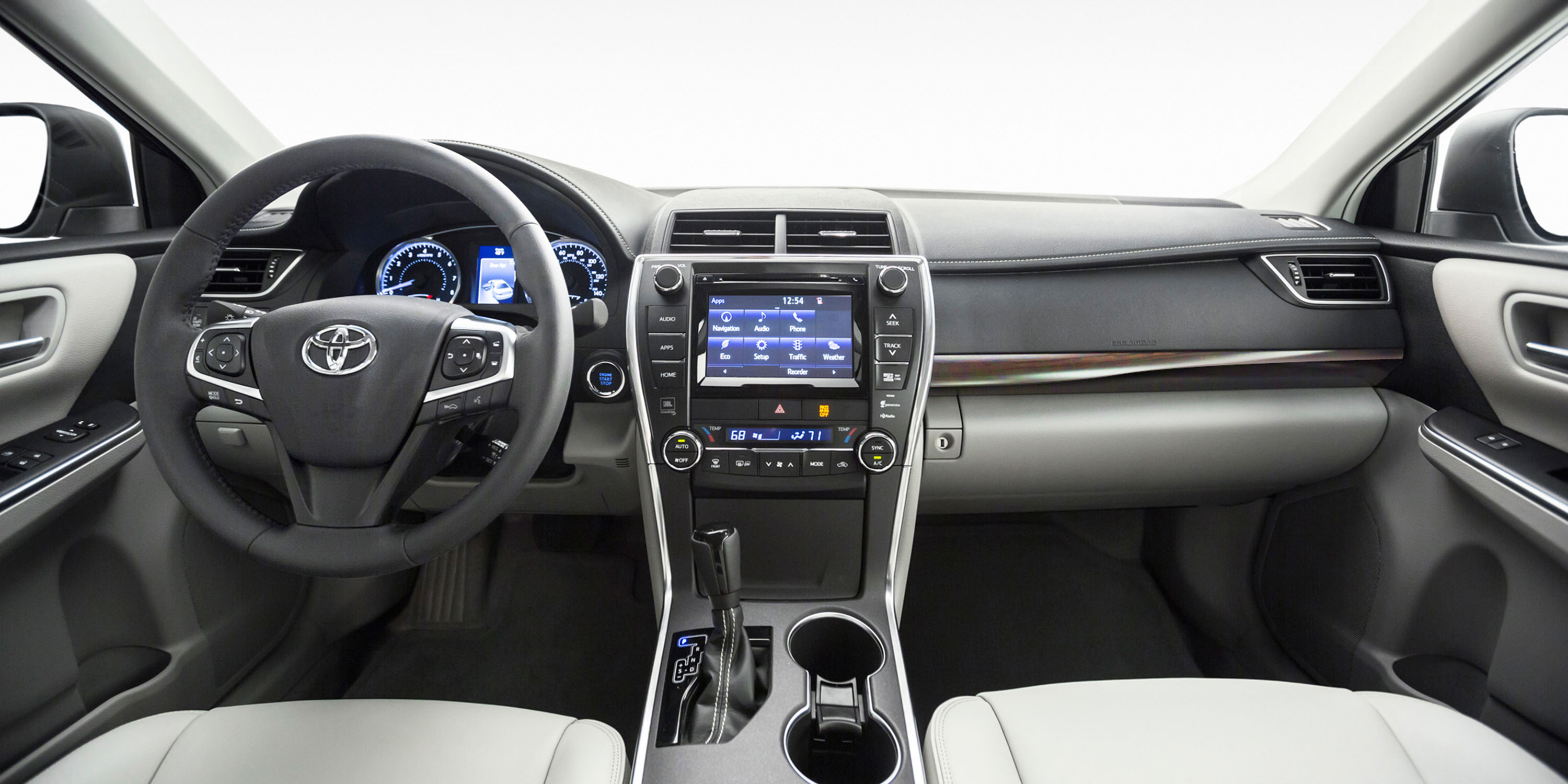 bloomberg toyota agrees to bring android auto support to future vehicles