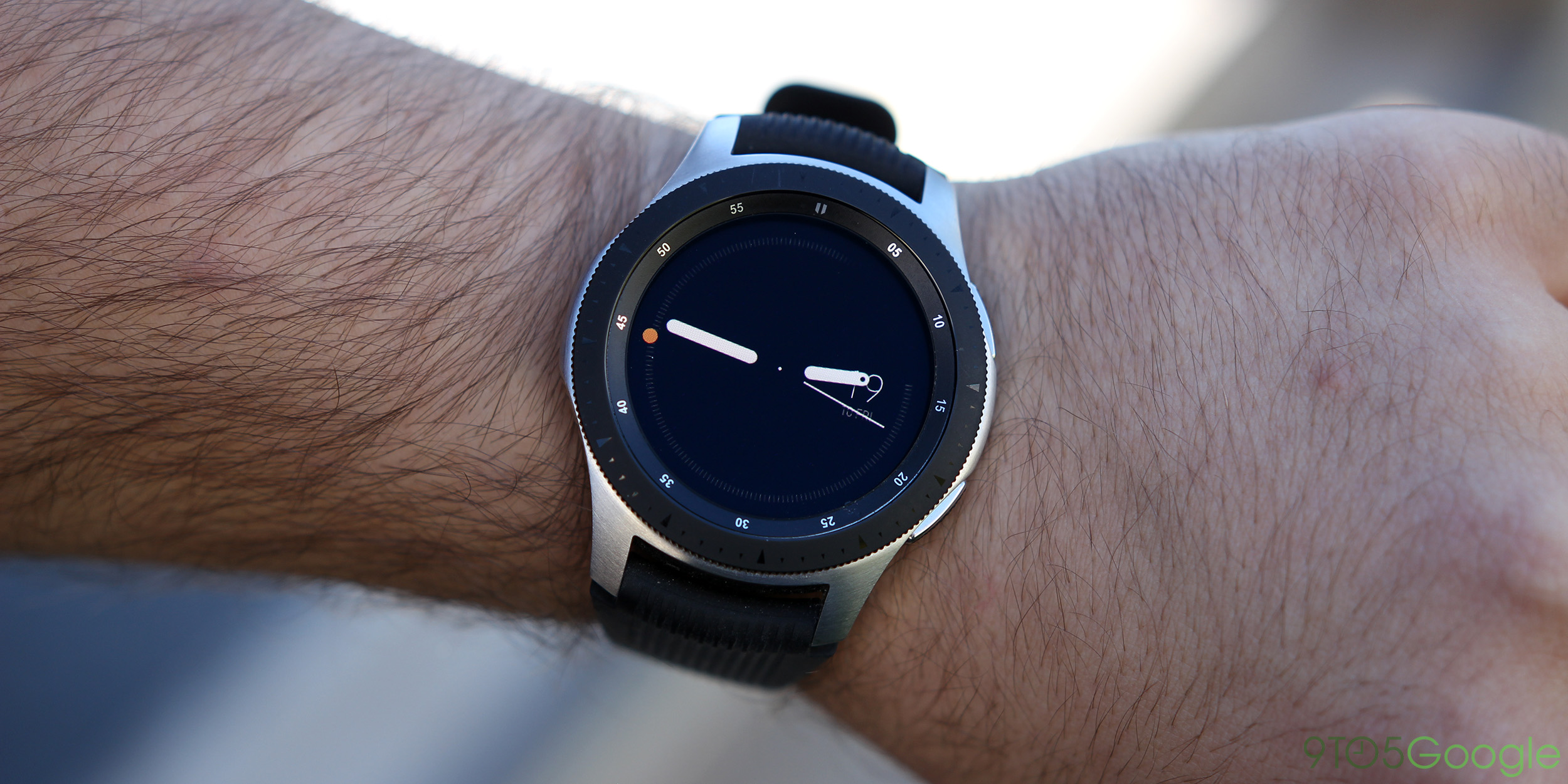 335d95627a3 Samsung Galaxy Watch (right) has a rotating bezel and the two side buttons