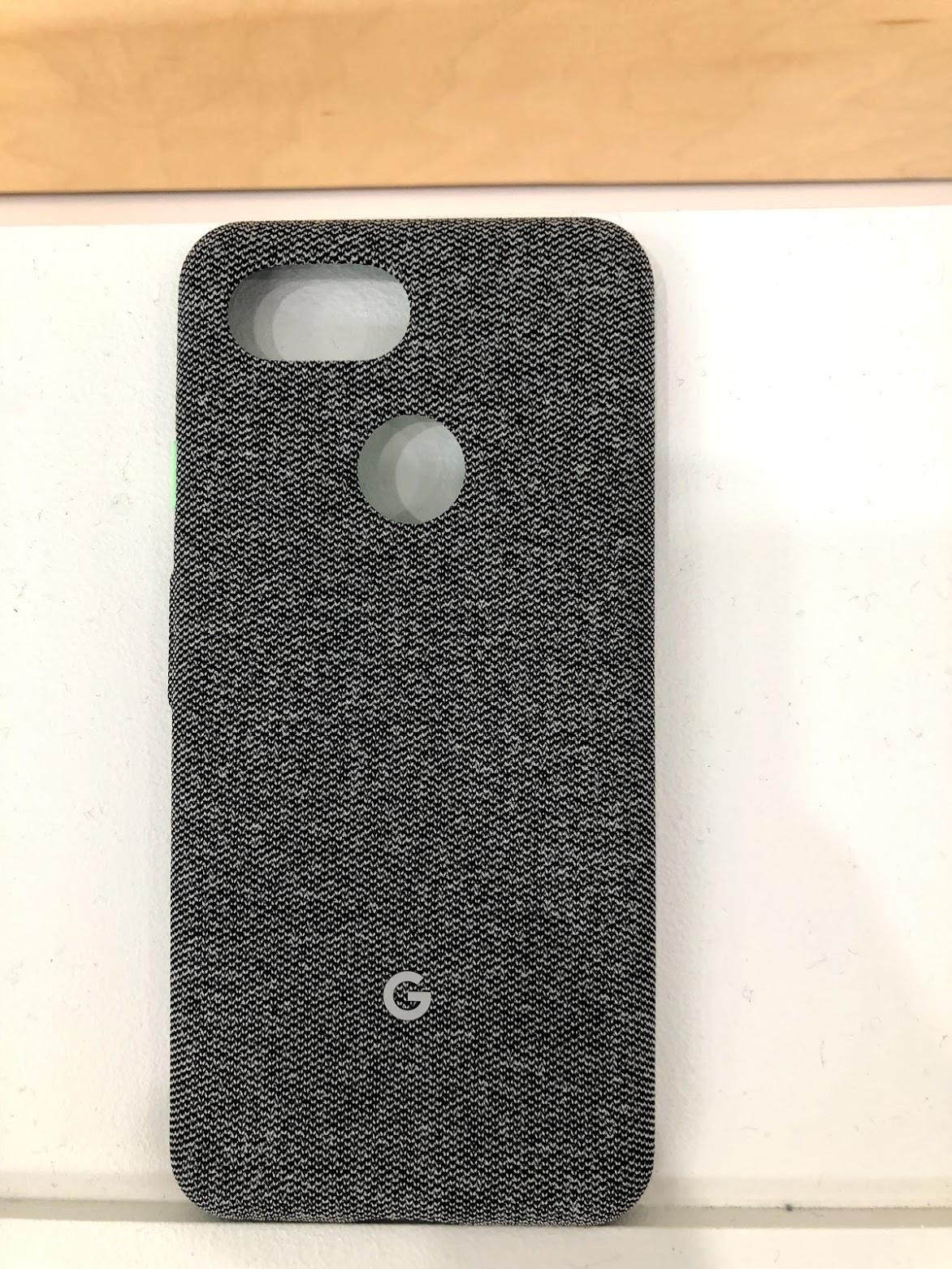 newest 866cf 6b611 Hands-on: Every 'Made by Google' fabric case for Pixel 3 and Pixel 3 ...