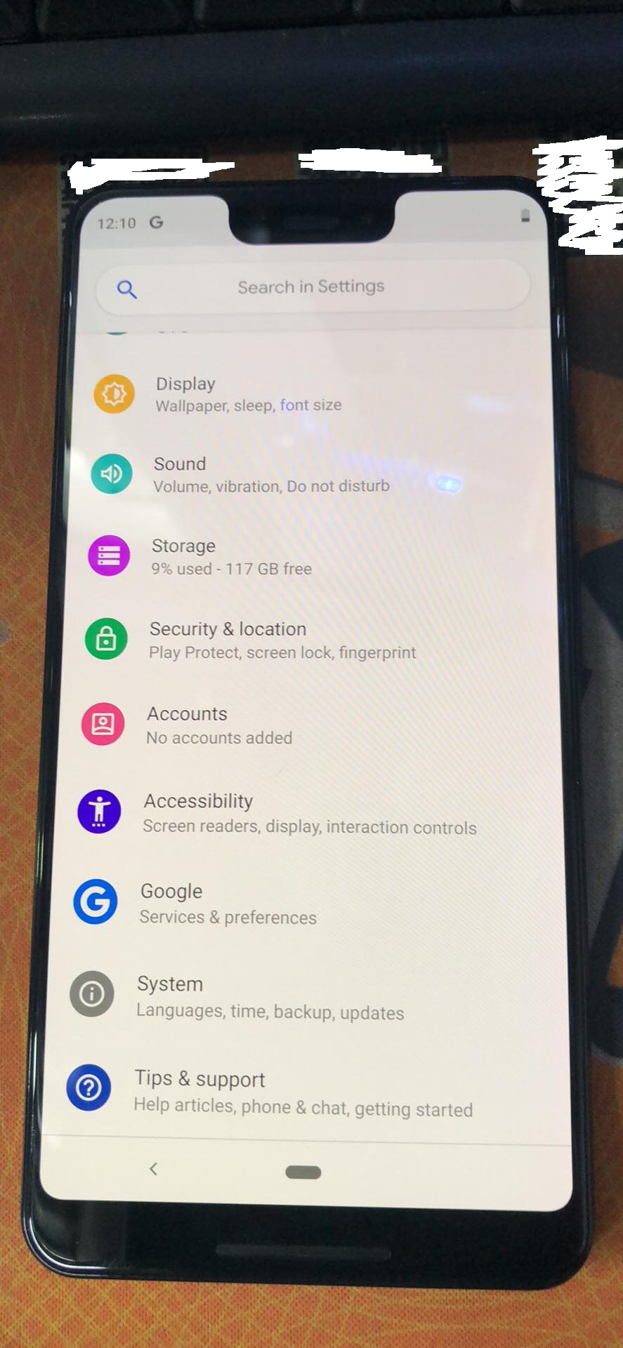 Photos of Google Pixel 3 installed apps, retail box, settings