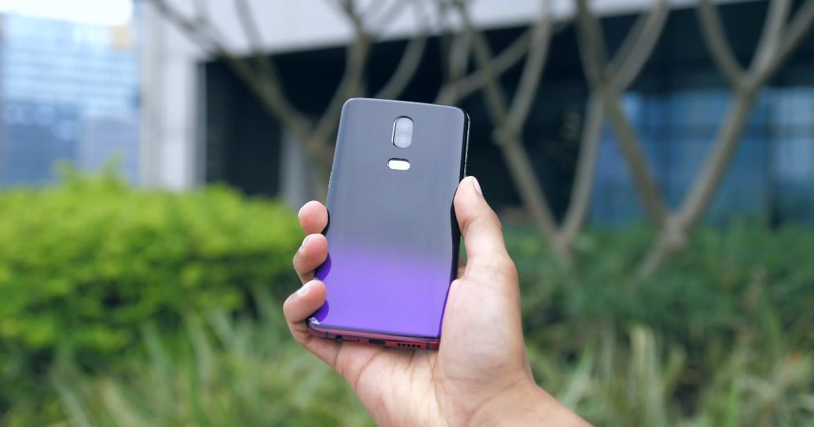 """OnePlus 6T kann eine """"Donnerpurpur"""" -Farbe erhalten, die T-Mobile-Variante erhält detaillierte"""