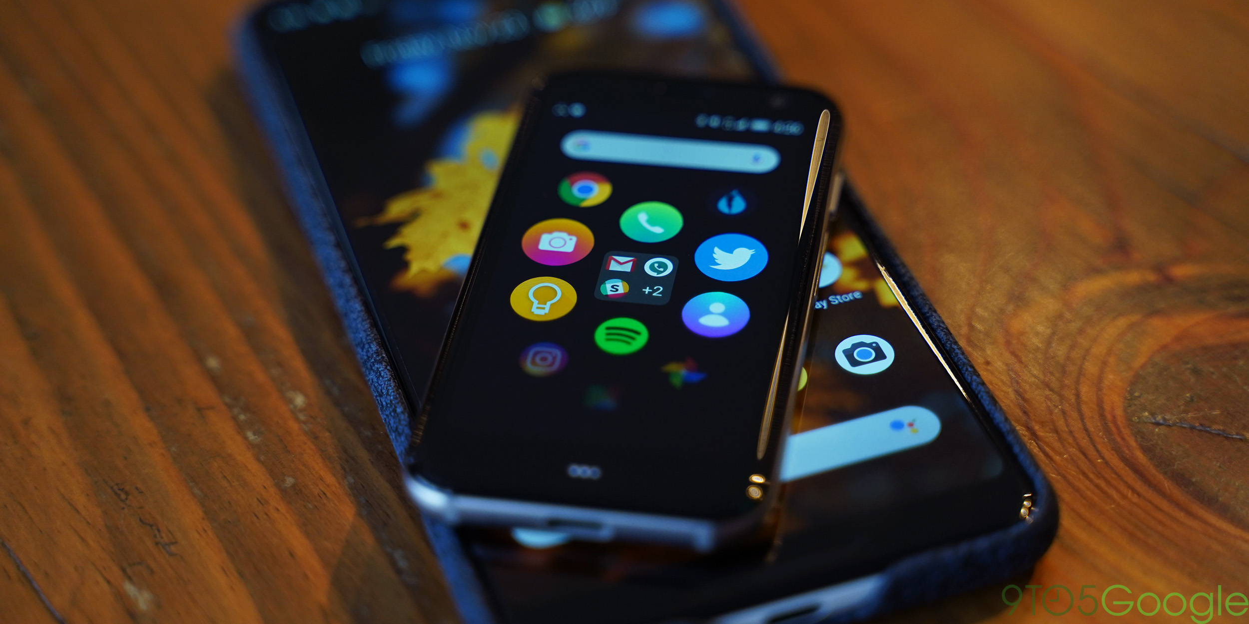 Listen To Text Messages >> The Palm Phone is more fun as a normal phone - 9to5Google