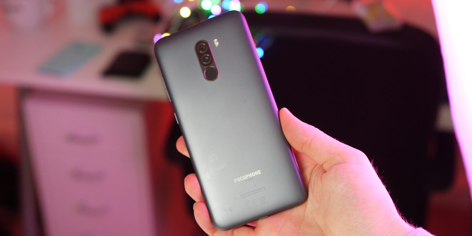 Poco F1 update brings 4K/60FPS recording, L1 Widevine
