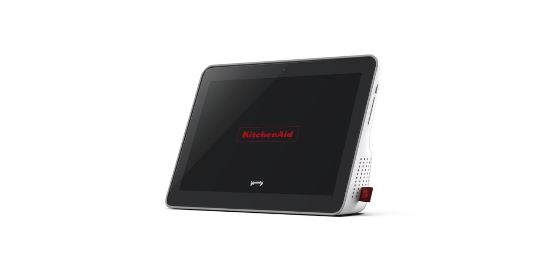 Das intelligente Display von KitchenAid ist auf das Kochen mit einem 10-Zoll-Bildschirm mit IPX5-Wasserfestigkeit ausgelegt