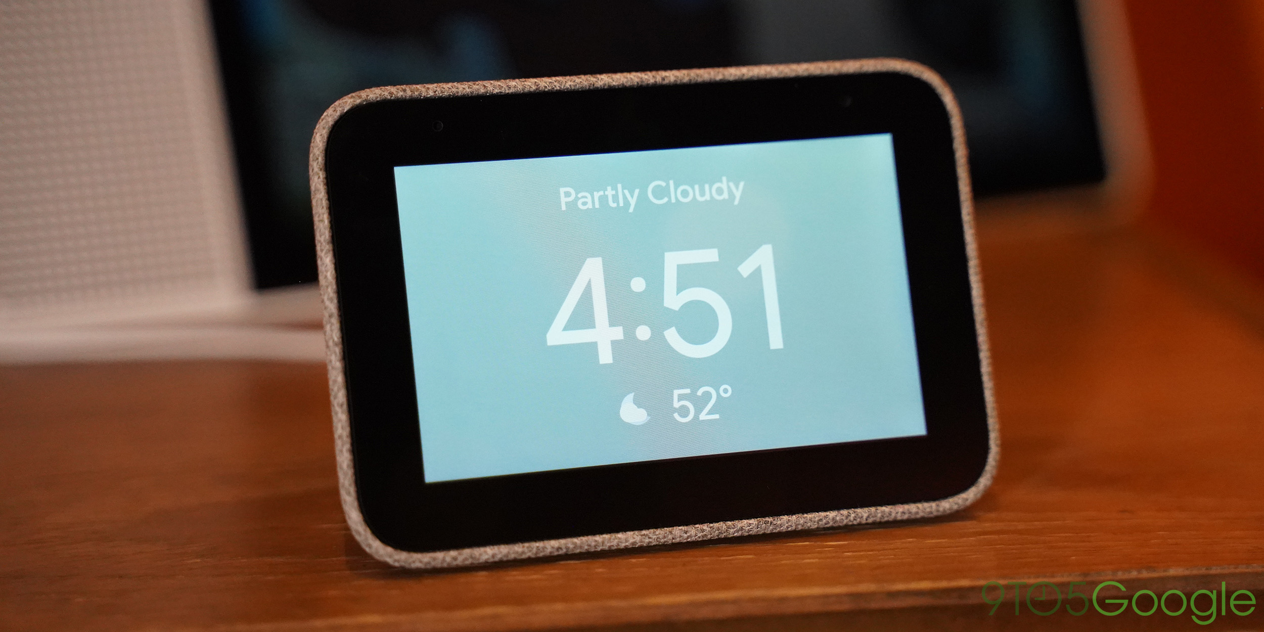 Lenovo Smart Clock preorders go live, shipping June 2nd for $79