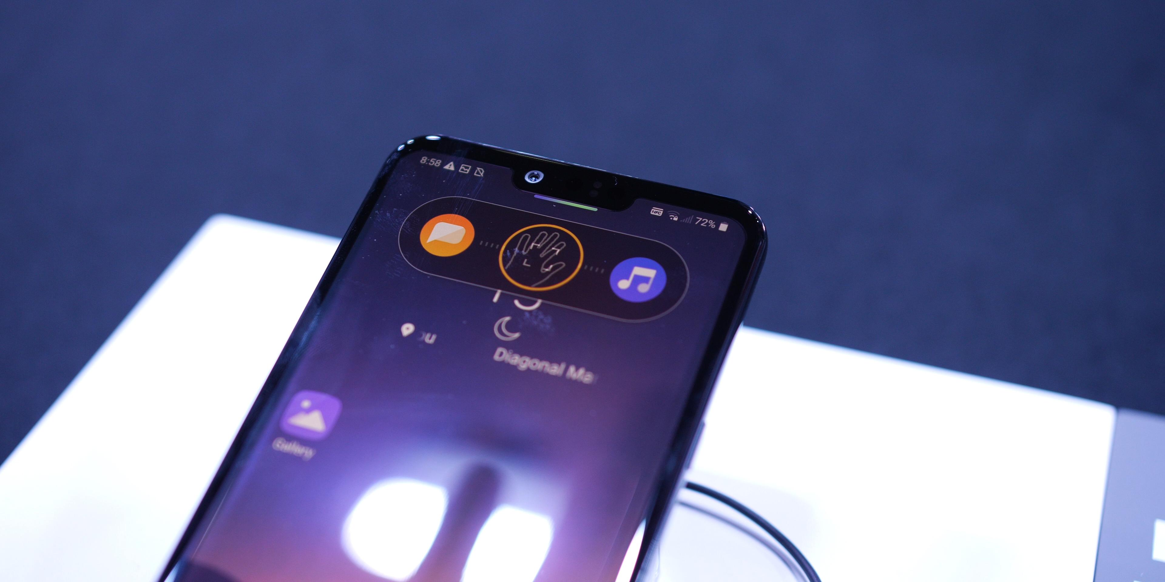 LG G8 ThinQ Air Motion controls