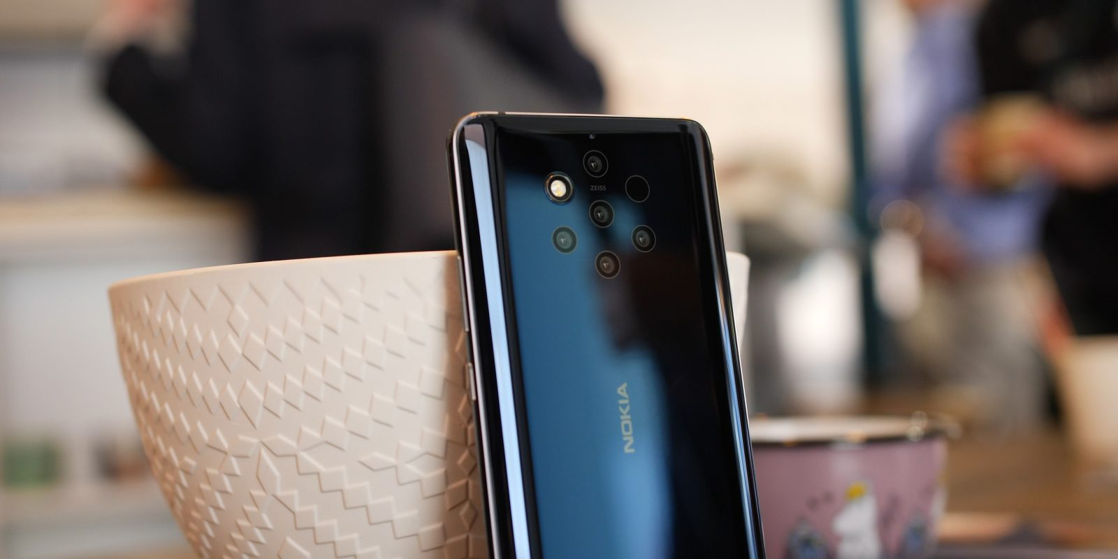 Nokia 9 PureView hands-on: Could be a camera King [Video] - 9to5Google