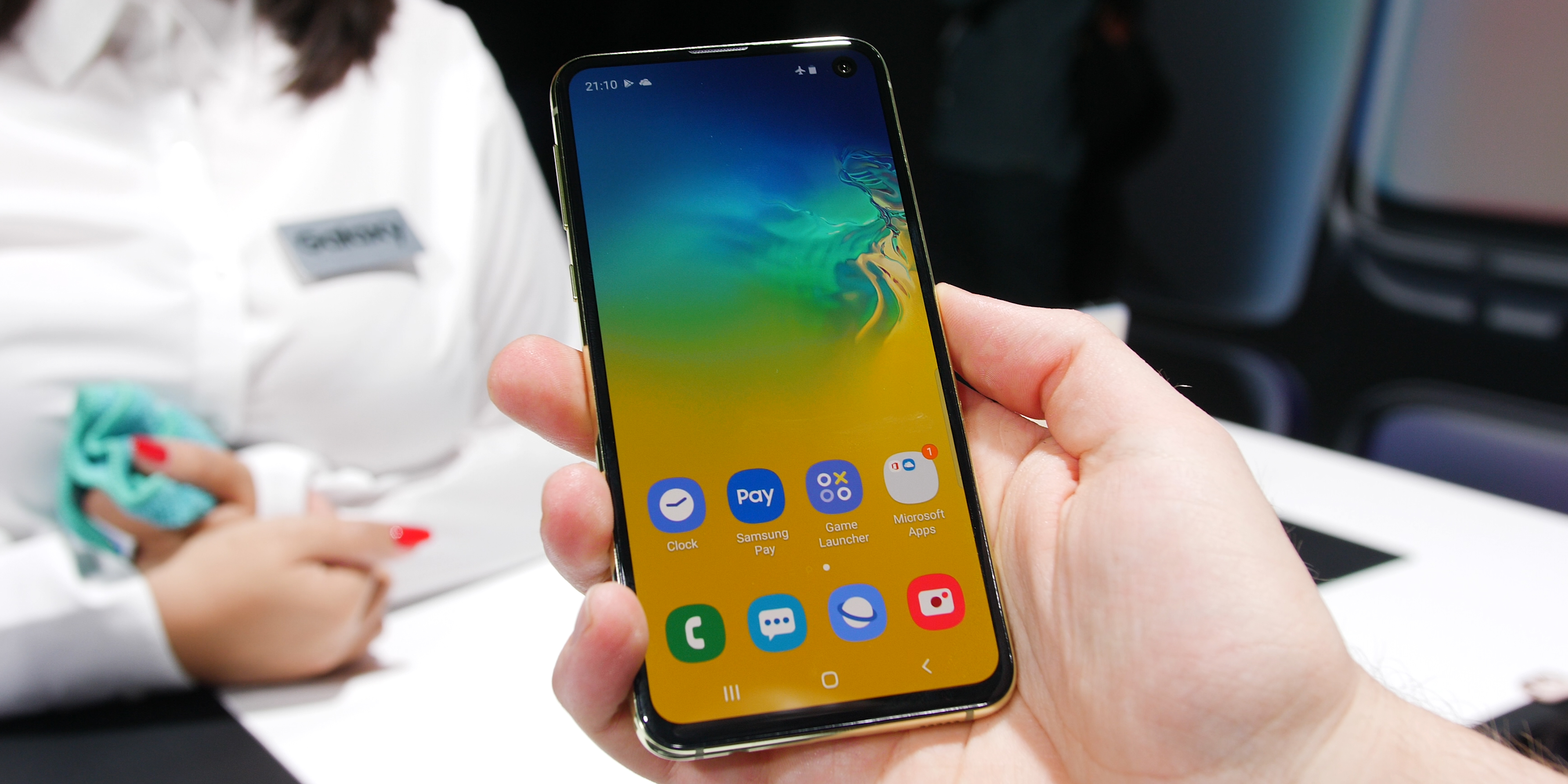 Samsung Galaxy S10e software