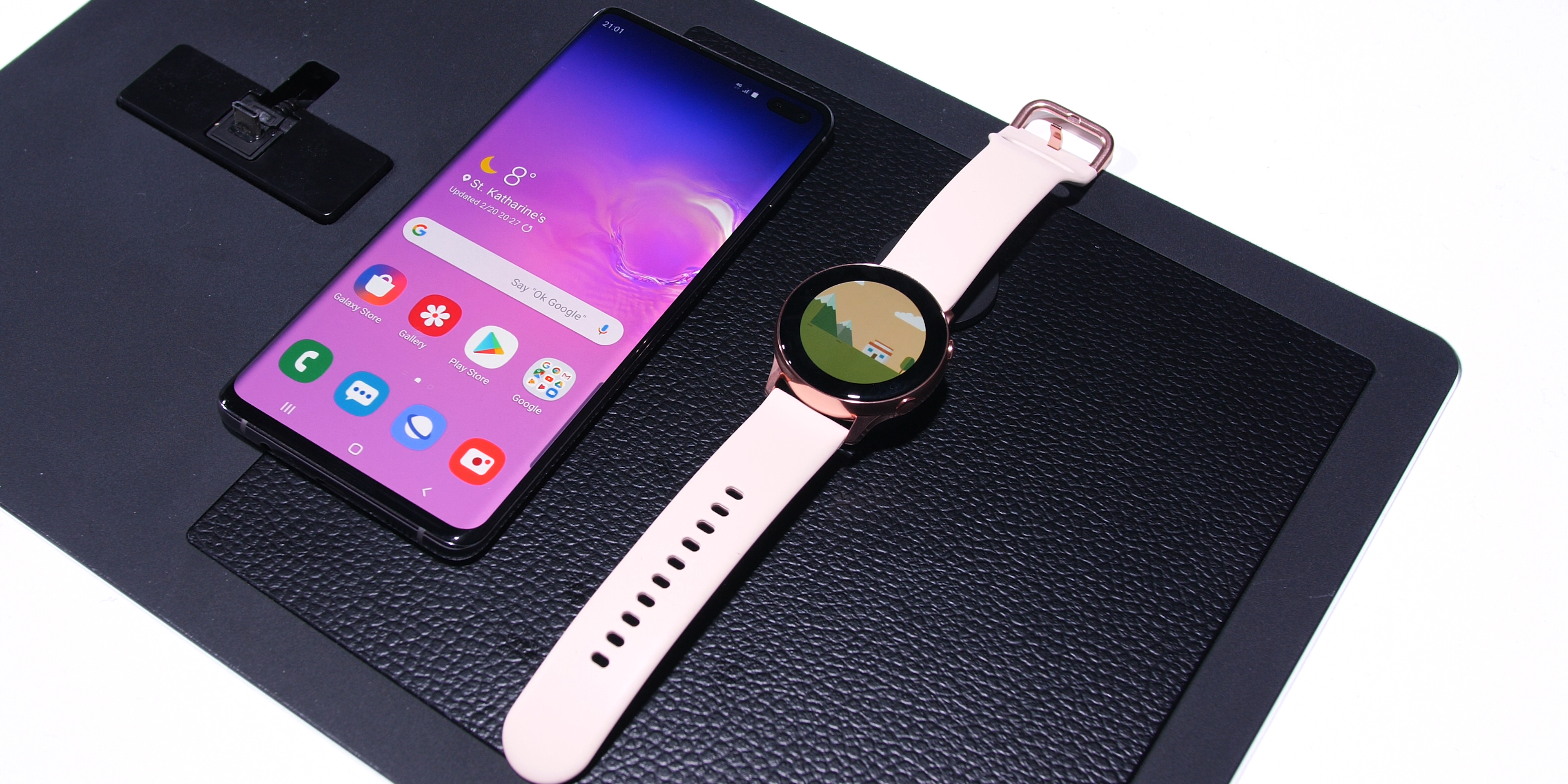 Samsung Galaxy Watch Active hardware and design