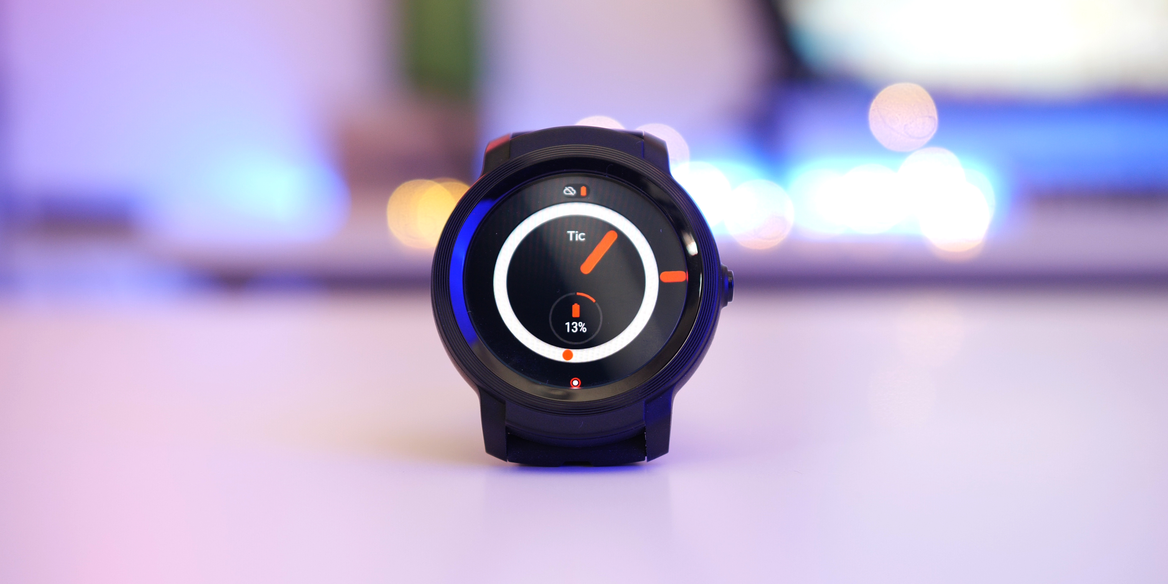 Mobvoi Ticwatch E2 Review: Wear OS gets a new best low-cost option with a few compromises [Video]