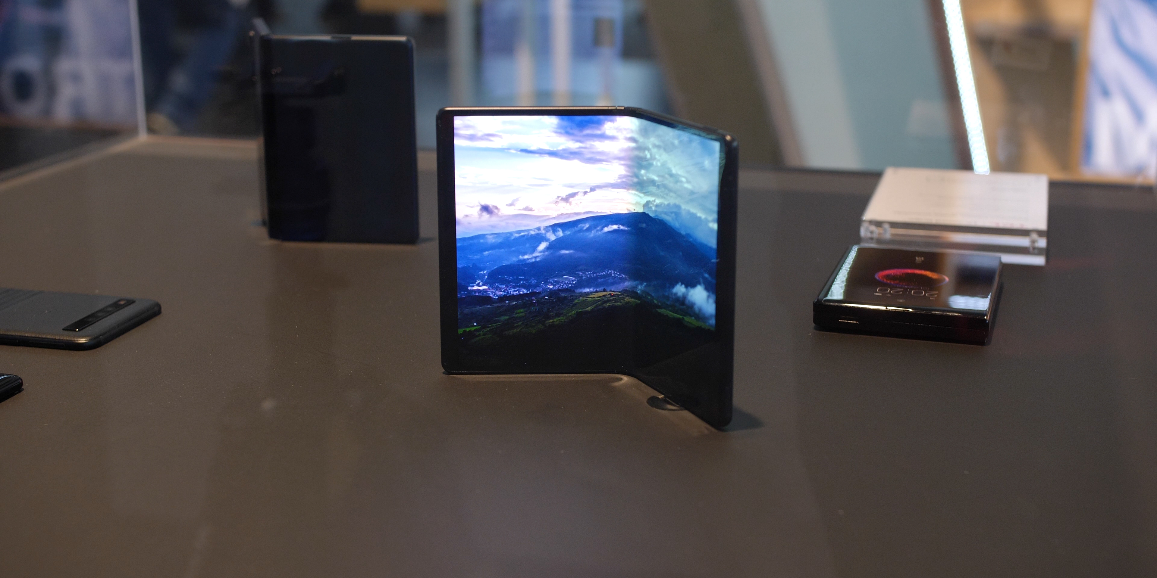 Foldables at MWC 2019