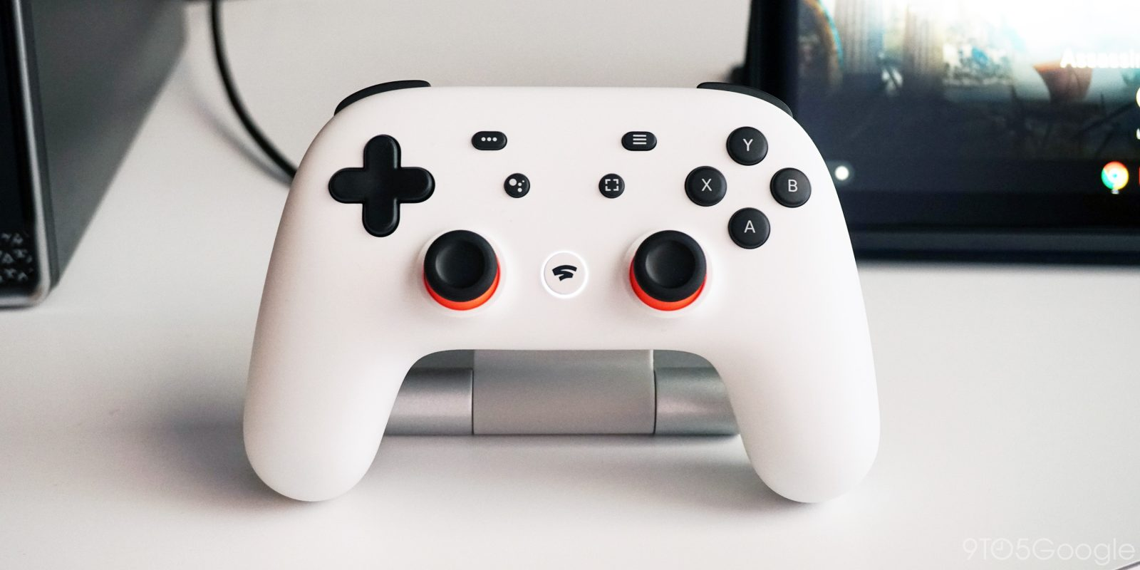 Stadia Controller proves difficult to open in first teardown, battery revealed