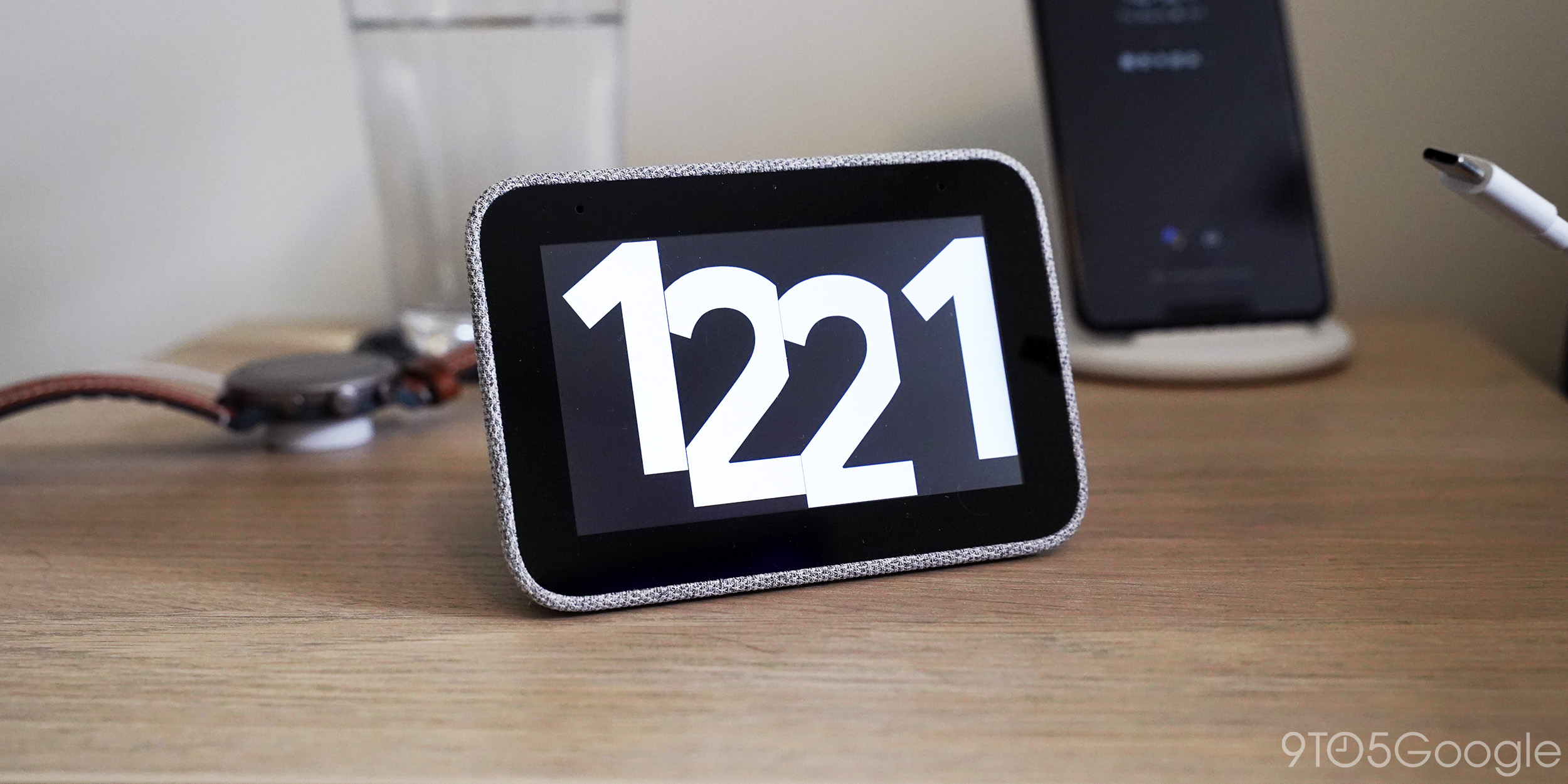 Lenovo Smart Clock will probably be the smallest thing on your nightstand [Gallery]