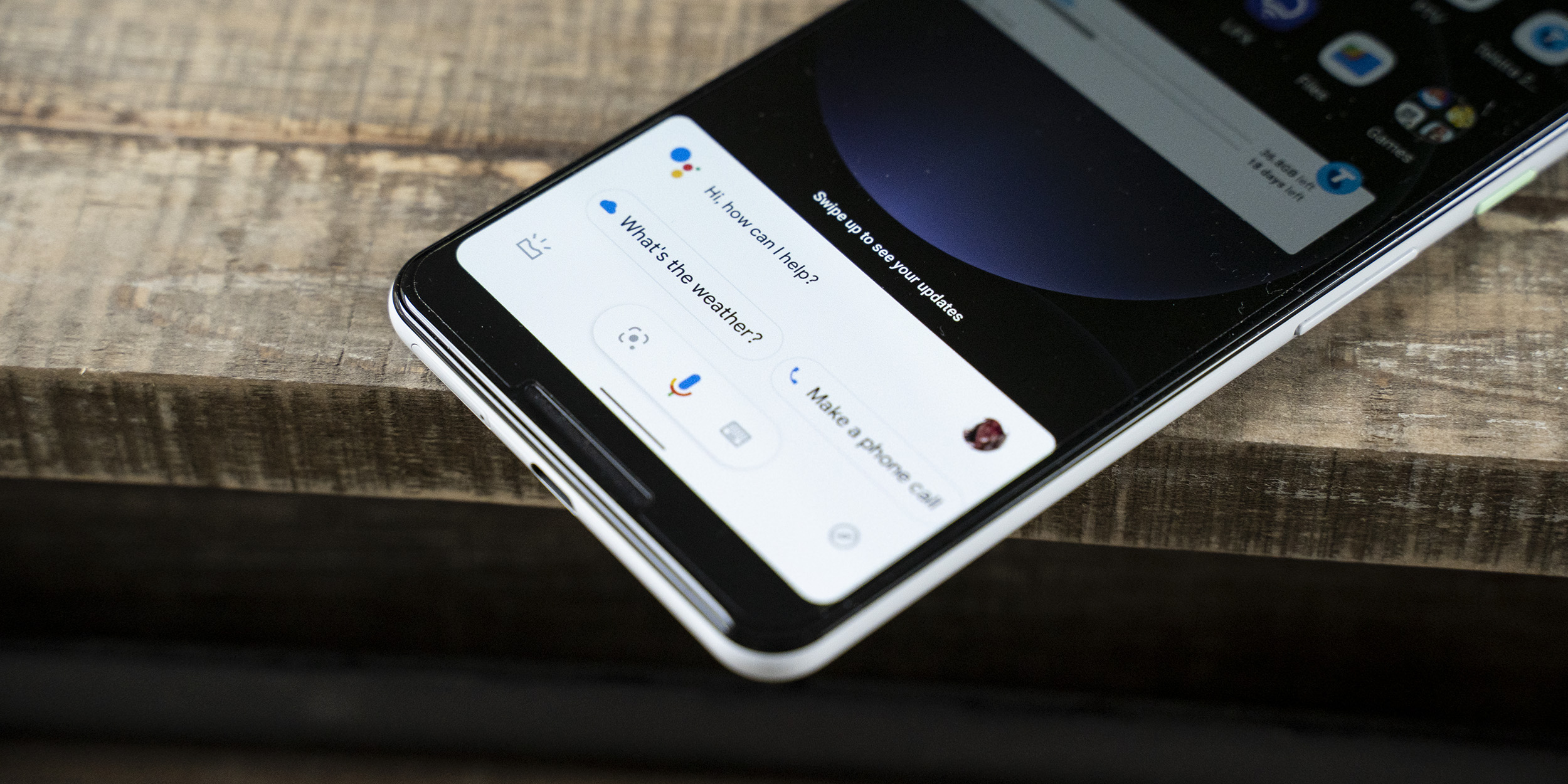 New compact Google Assistant inspired by Pixel 4 starts rolling out to older phones