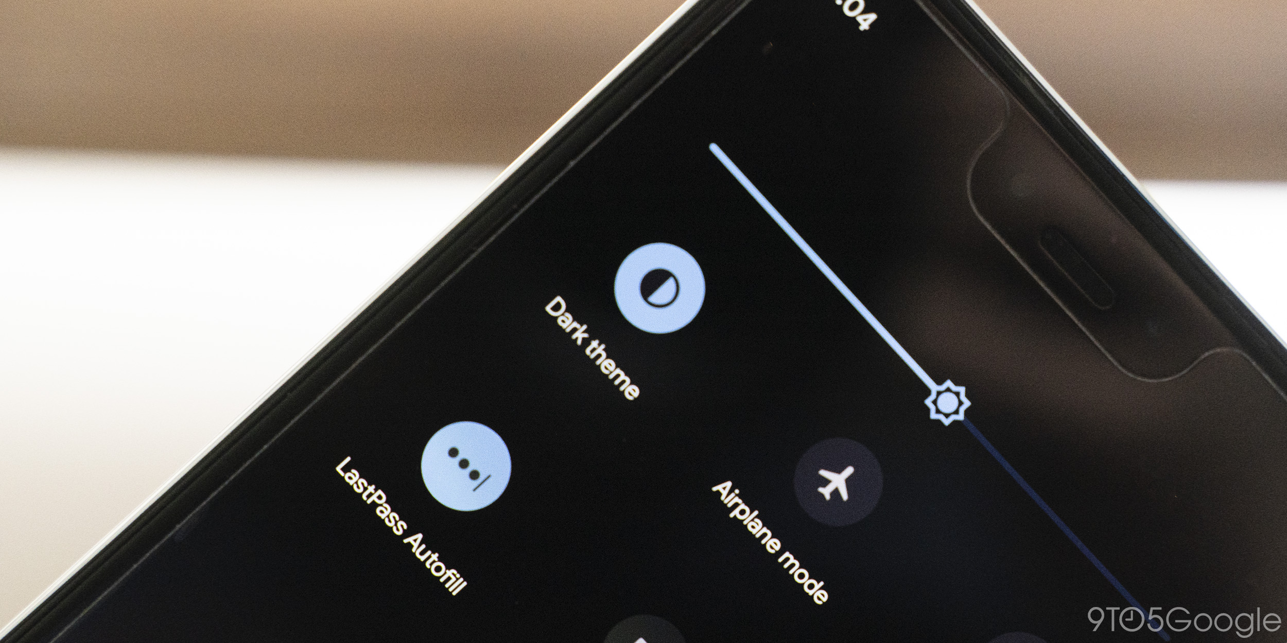 How To Change Android 10 S Wallpaper To Respect Dark Theme 9to5google