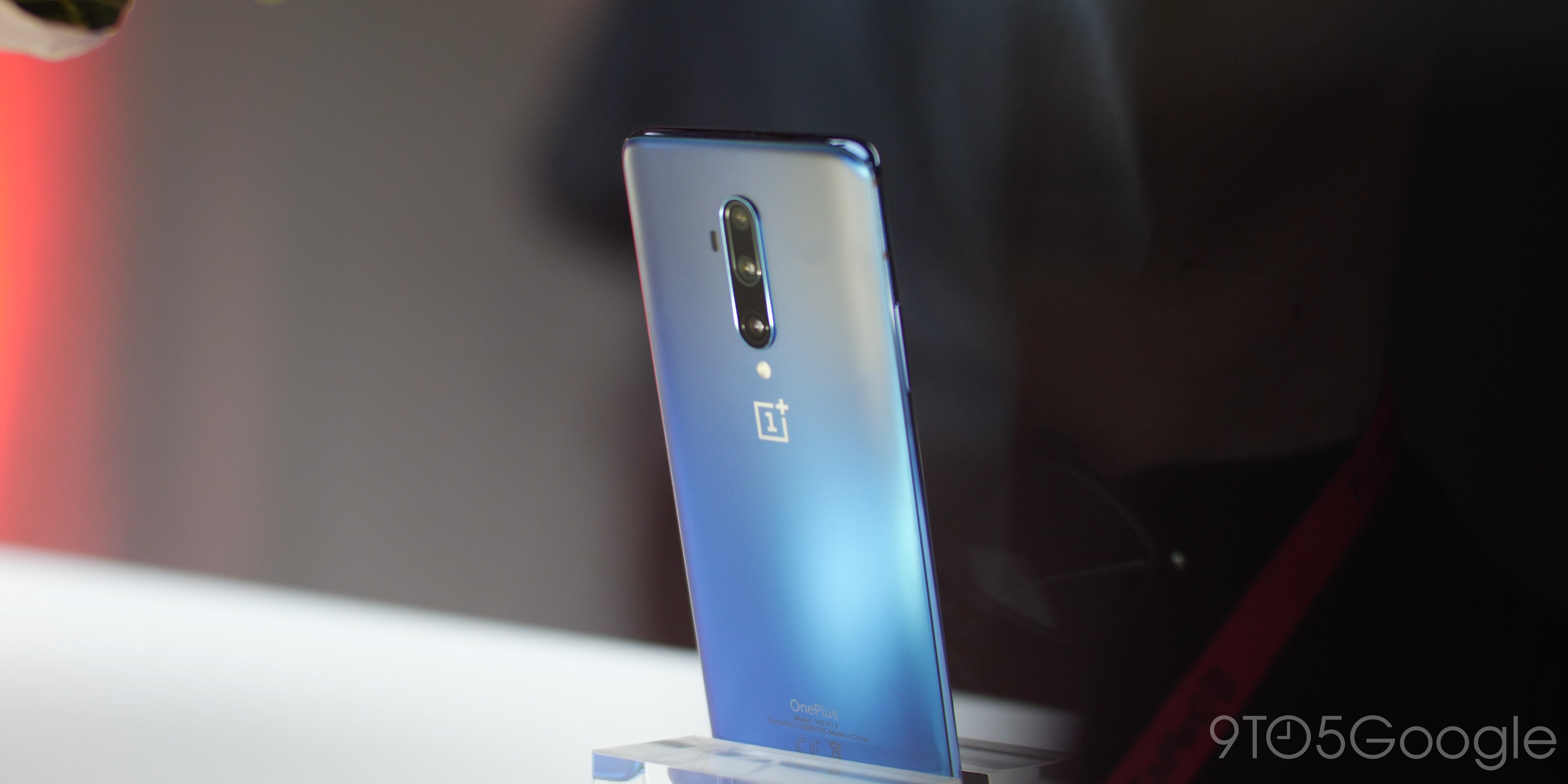 OnePlus 7T Pro haze blue hands-on