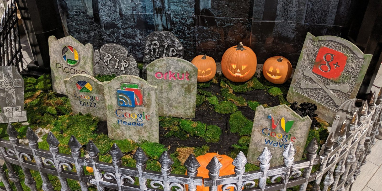 Google made an actual product graveyard for Halloween w/ G+, Reader, more