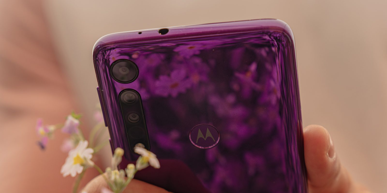 Motorola announces plan to re-enter the premium smartphone space