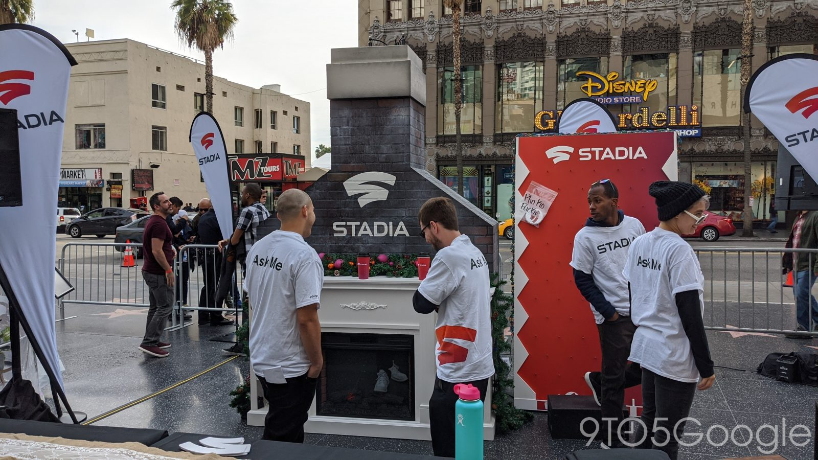 Stadia Holiday Pop-ups: Taking game streaming to the streets [Gallery]