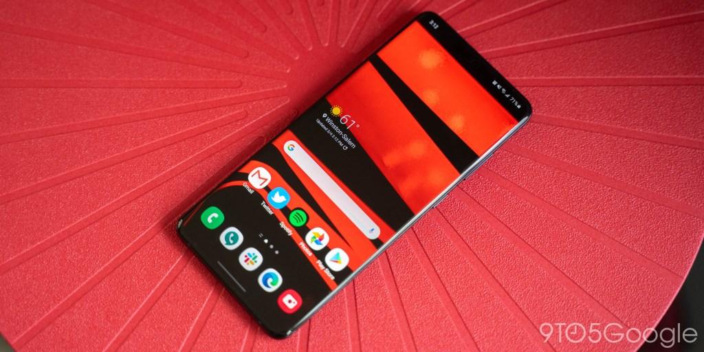 How to take a screenshot on Samsung Galaxy S20 thumbnail