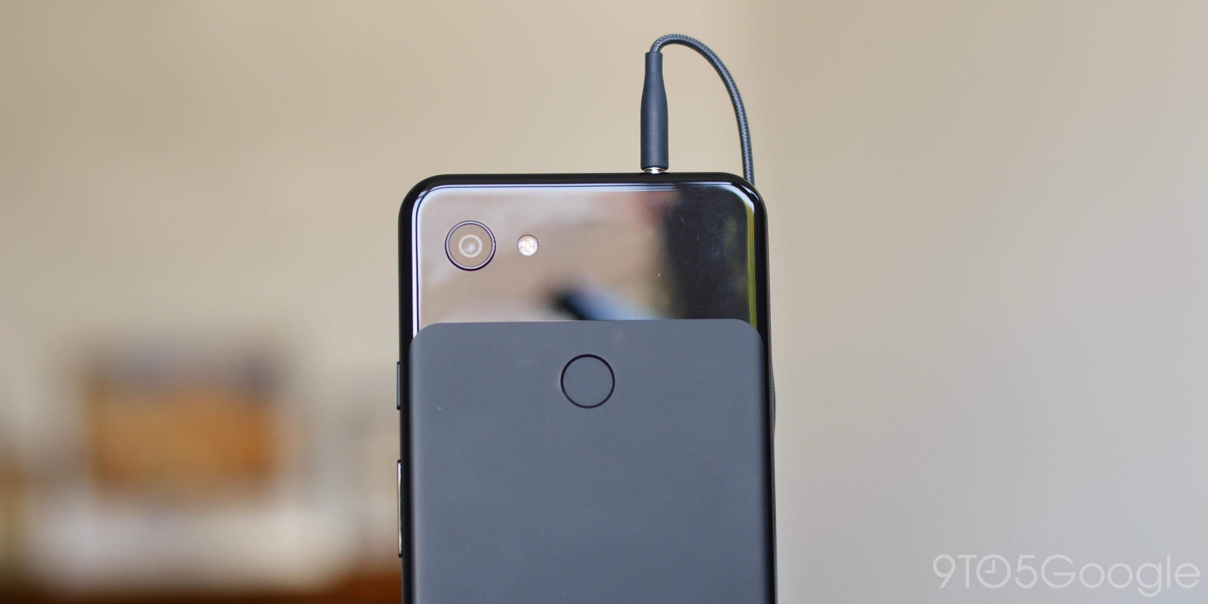 Pixel 3a headphone port